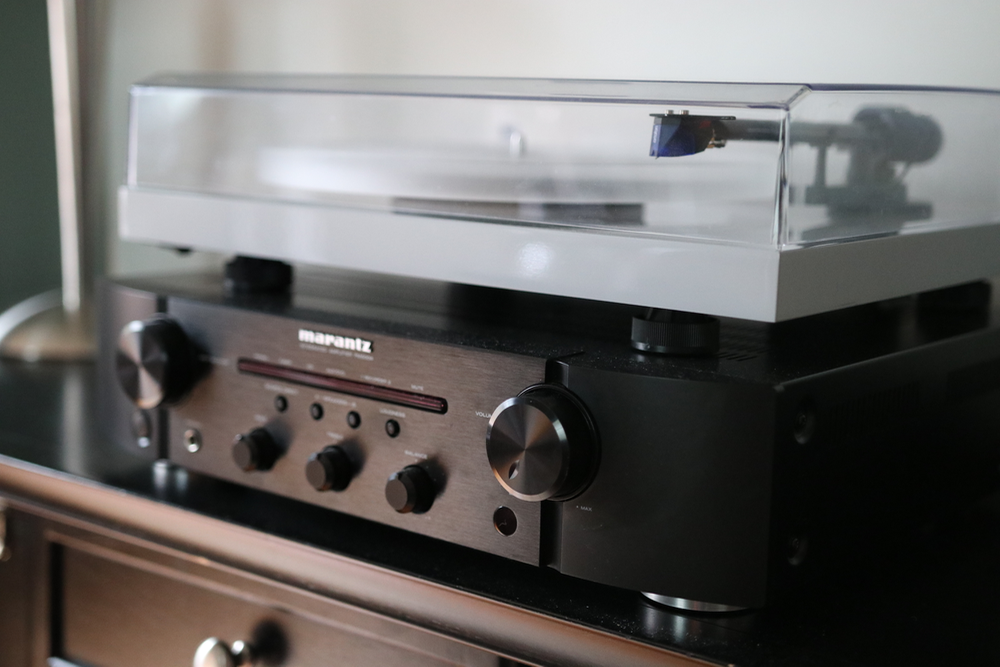 What's the Best Amp for a Turntable? | Devoted to Vinyl