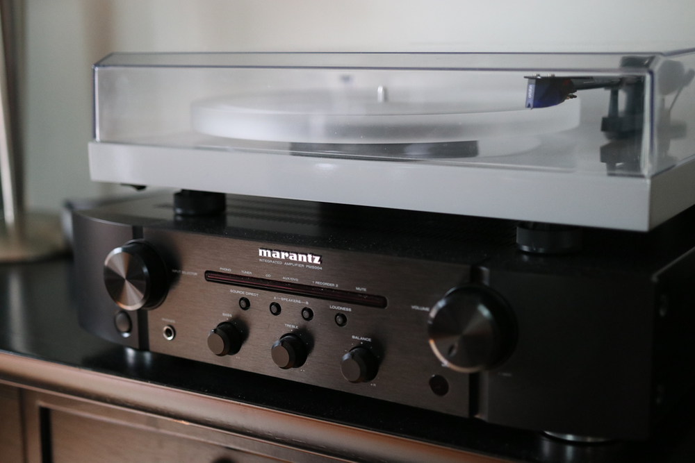 can you hook up a turntable directly to speakers