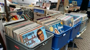 record-collecting-2