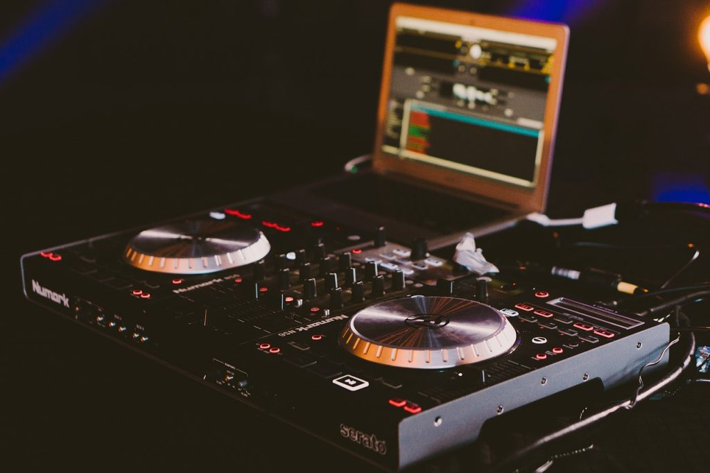 How To Find Used DJ Equipment For Sale Devoted To Vinyl