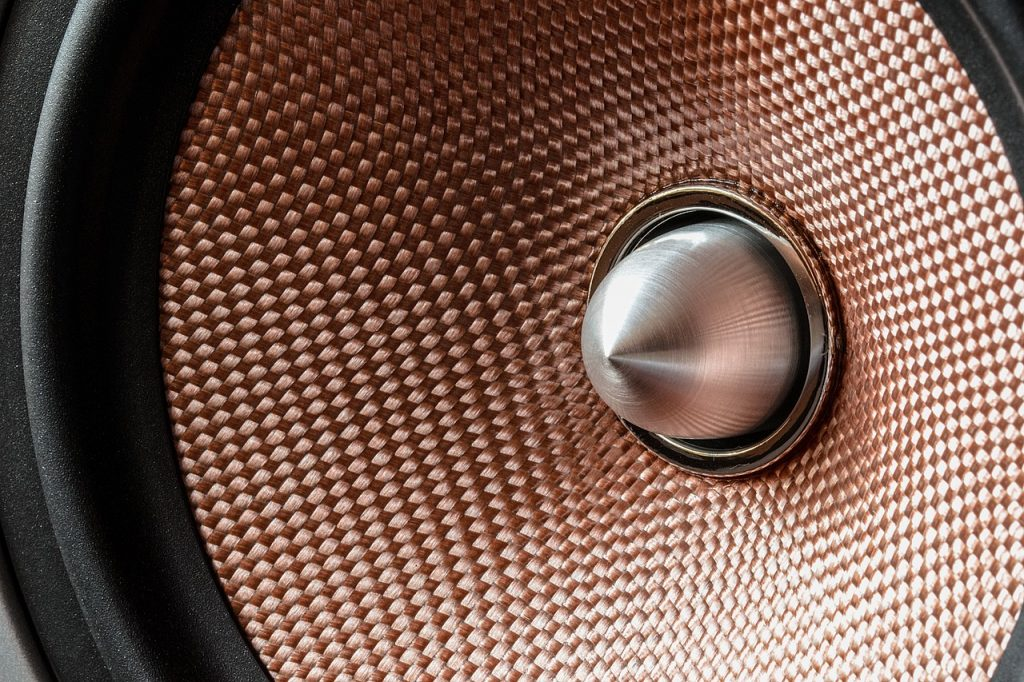 Discover some amazing vintage speakers for vinyl records that you'll love